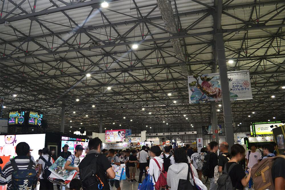 コミックマーケット96企業展示ブース会場の青海展示棟