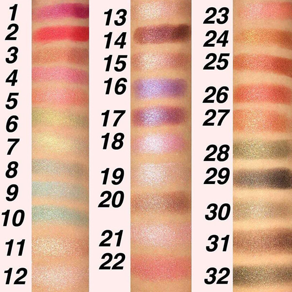 ティアラガール アイカラーパレット01 32色