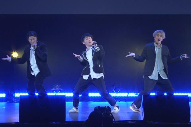 Leadのオンラインイベント『~TOKYO MX Presents~「Leadバラエティ」オンラインイベント』で新曲「Tuxedo~タキシード~」や「志~KO.KO.RO.ZA.SHI.~」、「トーキョーフィーバー」を披露