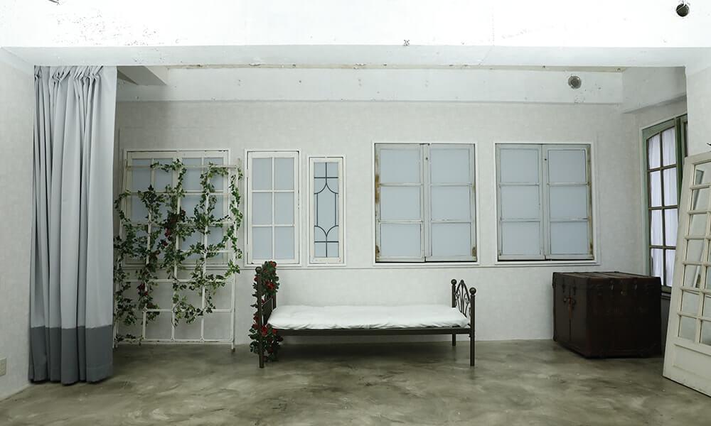 撮影スタジオ「cosbell(コスベル)」のLight Rスタジオのブース02