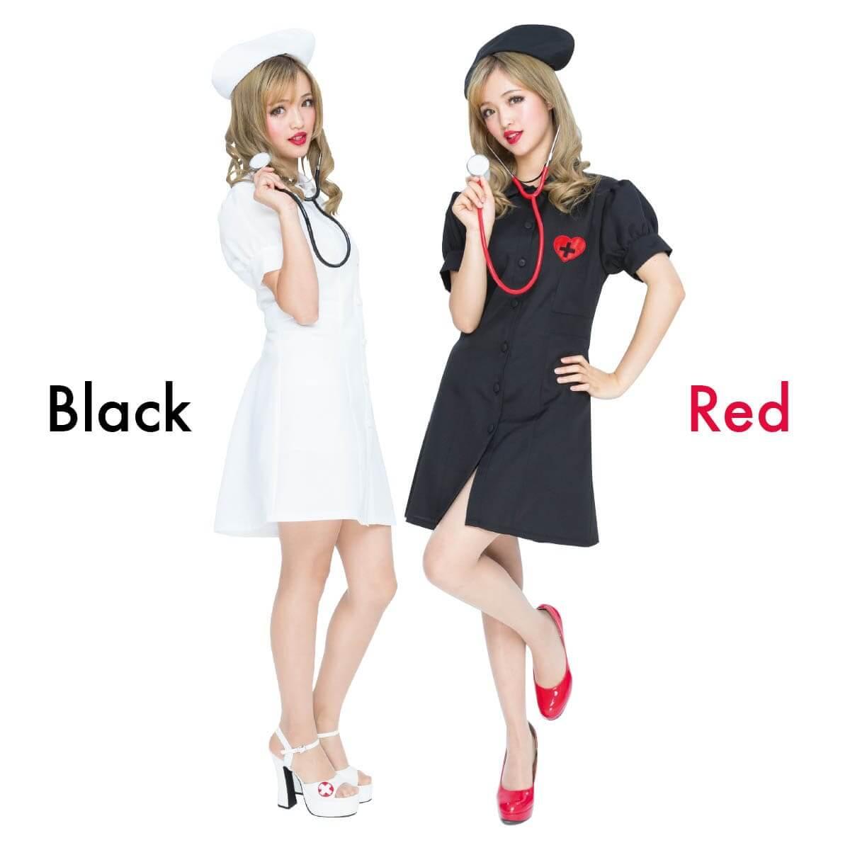 PUREネット通販で購入可能な聴診器の小物付きの白い白衣と黒い白衣